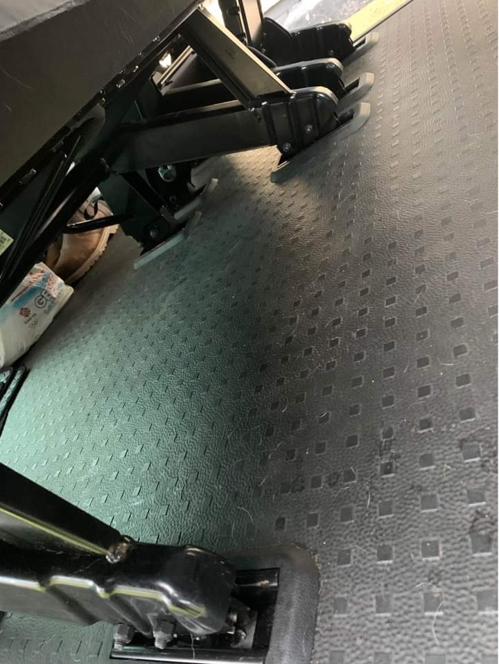 Mounting points in the VW T6 2+1 are different to the triple bench models